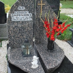 nagrobki-granitowe-11